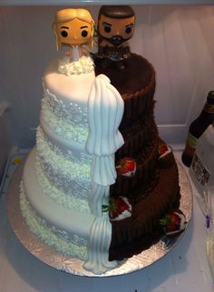Game of thrones wedding cake Más