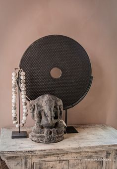 Interior Styling, Interior Design, Rustic Contemporary, Vignettes, Table Lamp, Home Appliances, Boho, Ganesha, House Styles