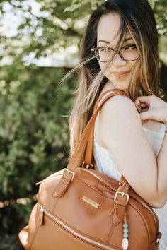 Rosie brown leather diaper bag in Camel by Lily Jade Best Diaper Backpack, Diaper Bag Purse, Dad Diaper Bag, Leather Diaper Bags, Gender Neutral Diaper Bag, Best Baby Bags, Lily Jade Diaper Bag, Convertible Diaper Bag, Fashionable Diaper Bags