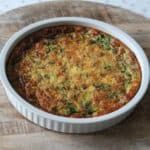 Low carbohydrate spinach quiche with feta - Lowcarbchef.nl - Low carbohydrate quiche with spinach, mushrooms and feta cheese! Low Carb Recipes, Vegetarian Recipes, Low Carb Quiche, Healthy Recepies, Healthy Foods, Good Food, Yummy Food, Sem Lactose, Happy Foods