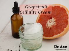 This grapefruit cellulite cream recipe will help hydrate the skin while grapefruit essential oil helps break down cellulite naturally! Try it today!