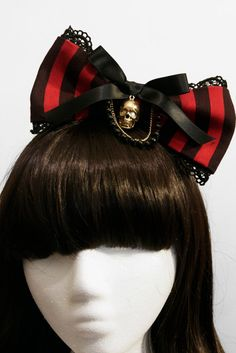 Red and Black Striped Gothic and Lolita Pirate Bow - Made to Order Lolita Fashion, Gothic Fashion, Love Fashion, Gothic Hairstyles, Hat Hairstyles, Mode Lolita, Gold Skull, Skulls, Metal Headbands