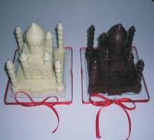 White and Milk Chocolate Taj Mahal!