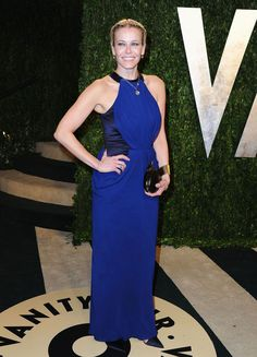 Chelsea Handler - Oscar 2013 http://juliapetit.com.br/moda/garotas-de-azul-6/