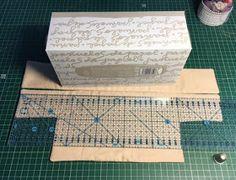 Retazos Patchwork: Funda caja de pañuelos Tissue Box Covers, Tissue Boxes, Decor Crafts, Diy Crafts, Pouch Tutorial, Tablet, Sewing Hacks, Sewing Tips, Decorative Boxes