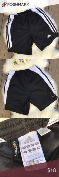 Adidas Shorts! Youth M Adidas Shorts! Youth M •GUC •Has some mild snag marks on back of shorts (see pic 4) and a few in the front (barely noticeable on zoom in) •Open to reasonable offers. Adidas Bottoms Shorts