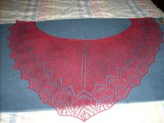 Morning Glory Shawl, Tetiana Otruta pattern to buy, find it on ravelry