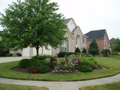 1000 images about corner lot landscaping on pinterest for Corner lot landscaping