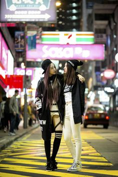 Asia / street life / street fashion / urban photography