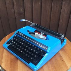 Silver Reed Silverette II Blue Typewriter Portable MINT Serviced Rare WORKING | eBay
