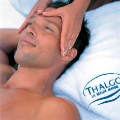 ThalgoMen Ocean Facial is a high-tech treatment for stressed male skin that combines energizing marine active ingredients with relaxing massage movements to diffuse aging while hydrating and balancing the skin. Spa Branding, Mens Facial, Face Treatment, Luxury Spa, Spa Treatments, Male Face, You Are The Father, Dry Skin, Anti Aging