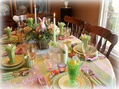 Dining Delight: 2010 Tablescapes in Review