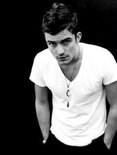 I just watched the second Hobbit, which has reignited my movie crush on Orlando Bloom. :)
