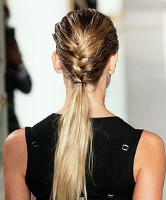 Hair Styles 2018 Wet braid/dry ponytail Discovred by : Byrdie Beauty Summer Hairstyles, Braided Hairstyles, Cool Hairstyles, Natural Hairstyles, Weekend Hair, Gorgeous Hair, Beautiful, Hair Dos, Belle Photo