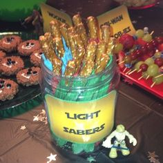 """Community Post: How To Throw The Best """"Star Wars"""" Birthday Party In The Universe   Light Sabers (pretzel sticks)"""