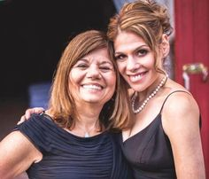 """Being connected means a great deal to Sharsheret Caller Stacey Schiff. """"Having a direct connection to a larger group of women who are battling breast cancer provides me with so much hope strength and positive thinking."""" Read Stacey's story here: http://ift.tt/2ekoDs5"""