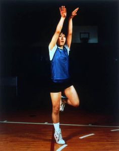 Sharon Lockhart - Group #4 Ayako Sano, 1997 Lockhart draws out the geometry of the Japanese female basketball players by isolating gestures, moving our attention away from the progress of the match or practice sessions and towards the more abstract and imaginative possibilities their movements suggest. Basketball Players, Girls Basketball, Saucony Shoes, Coming Of Age, Photography Projects, Im Not Perfect, Sporty, Running, Japanese Female
