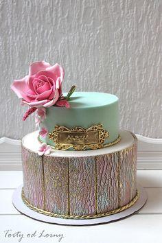 Birthday cake.. by Lorna