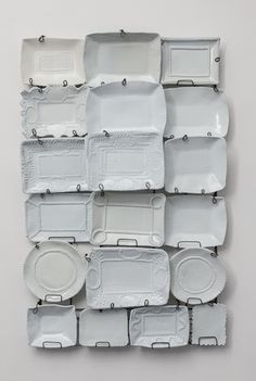 all white plates on wall ✭ Ceramic Pottery, Ceramic Art, Tadelakt, Deco Originale, White Plates, White Dishes, Shades Of White, Plates On Wall, Plate Wall Decor