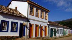 A Pousada e Restaurante Padre Toledo têm uma localização privilegiada, no coração do centro Histórico de Tiradentes, na famosa Rua Direita.
