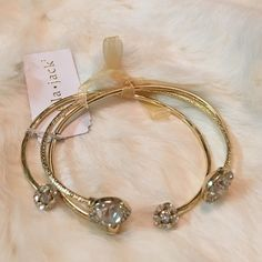 These Are Stunning Darling! I'm in love with these gold bangles! That's why I bought one set for me, and one set for you darling! Wear them together, alone, or stack with your favorite bangles to create an arm party! The faux gold and diamond settings are