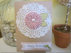 Parisian lace doily die ; Bloom builder die