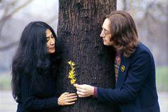 John & Yoko in Central Park, 1973, by Bob Gruen