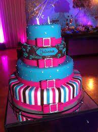 Resultado de imagem para fotos de bolos de aniversario de 15 anos