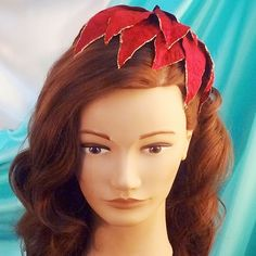 Bobby Pin Blog: Vintage Christmas Hair Accessories 1 - Poinsettia Hat