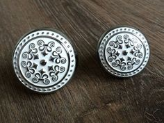 Shabby Chic Dresser Knobs Drawer Pulls Handles Knobs Chrome Silver White / French Country Kitchen Cabinet Door Knobs Handle Pull Decorative