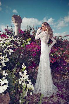 lace column natural waist brush train v-neck wedding dress