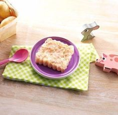 Jambon-purée de maman Plastic Cutting Board, Bread, Kitchen, Baby, Ham, Food Recipes, Small Meals, Baby Meals, Brot