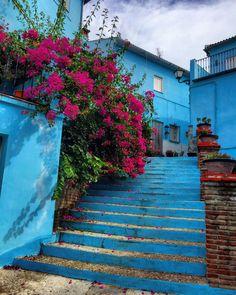 Streets of Júzcar, M