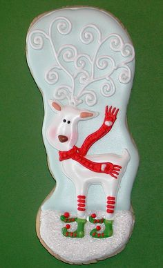 Reindeer - For all your cake decorating supplies, please visit craftcompany.co.uk