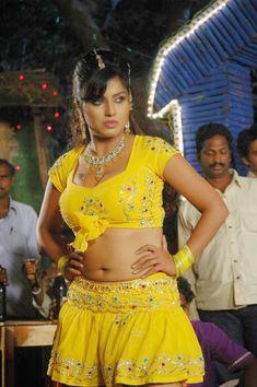 South Indian Actress Hot, South Indian Film, Indian Film Actress, Indian Actresses, Spicy Image, Plus Size Beauty, Hot Actresses, Actress Photos, Desi
