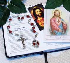 Unique Unbreakable Chaplet of The Sacred Heart of Jesus by foodforthesoul on Etsy