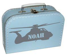 Een leuk koffertje met daarop een helikopter met de naam van je kindje erin of eronder.