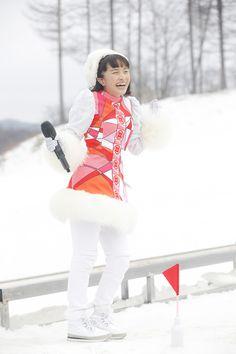 ももいろクローバーZ「ももいろクリスマス2015 ~Beautiful Survivors~」12月23日公演での百田夏菜子。(Photo by HAJIME KAMIIISAKA+Z)