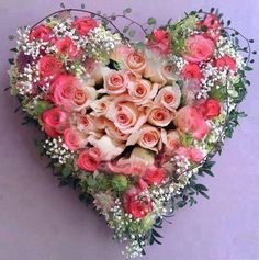 Amazing Funny Images and Nature Pictures: Beautiful Rose Heart Funeral Flower Arrangements, Funeral Flowers, Floral Arrangements, Arte Floral, Funeral Tributes, Rosa Rose, I Love Heart, Heart Wreath, Beautiful Roses