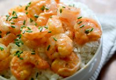 Serving size: 4 Calories: 122 Fat: 5.65g Carbohydrates: 2.79g Sodium: 435mg Fiber: 0 Protein: 14.4g Ingredients •1 lb shrimp (about 50 shrimp), cooked or uncooked. shelled or deveined. •10 skewer sticks (optional) •3 T chobani plain greek yogurt •3 T chopped green onion, plus more for garnish •1½ T sweet chili sauce (I used Franks brand) •½-3/4 T sriracha sauce Instructions 1.(If you're grilling on a grill, be sure to soak wooded skewers a couple minutes in water to avoid burning
