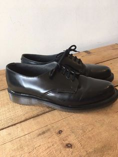 b81242aea708 UK SIZE 5 WOMENS DR MARTENS BLACK AIRWAIR SHOES MADE FOR THE ROYAL MAIL
