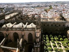 7 REASONS TO MOVE TO SPAIN