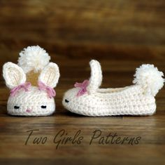 Crochet patterns baby booties Bunny House Slippers  - Pattern number 204. $5.50, via Etsy.
