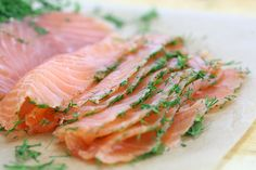 Easy Homemade Gravlax Mustard Salmon, Dill Weed, Fennel Seeds, Eating Raw, The Cure, Food And Drink, Stuffed Peppers, Homemade, Dishes