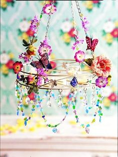 Chandelier from a tray <3