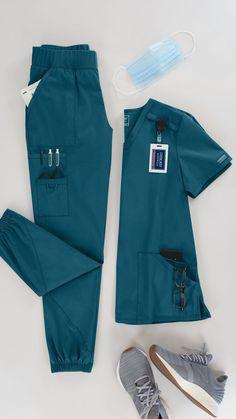 Cute Scrubs Uniform, Scrubs Outfit, Vet Scrubs, Medical Scrubs, Stylish Scrubs, Medical Uniforms, Womens Scrubs, Nursing Clothes, Work Wear