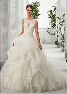 Chic Tulle & Organza Satin Bateau Neckline A-Line Wedding Dresses With Beaded Lace Appliques