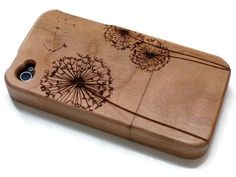 wooden Iphone 4 case / iphone 4S case wood by CreativeUseofTech