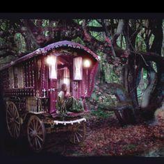 Yaaay!  Another Gypsy Wagon!