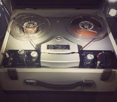 Recorder #grabadora #vintage #recorder #tape #technology #retro #oldschool #cinta #taperecorder #museum #museo #unam #universum #CDMX #Mexico #IgersCDMX #DF #city #MexicoCity #Mexigers #Mextagram #ig_mexico #awesome #nice #shot #photo